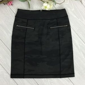 RARE Lululemon Rocket Skirt Black / Retro Camo